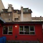 Photo de The House Hostel, Resto & Bar