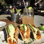 Foto de Veranda Fireside Lounge & Restaurant