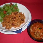 Moro(arroz) de feijão vermelho com tiras de carne de vaca