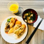 Breakfast spread 2: Fried mackerel, do it yourself miso soup and pickled veggies