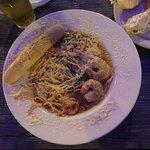 Seafood Spaghetti with Garlic Bread