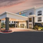 Photo of La Quinta Inn & Suites Kennesaw