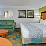 Photo of La Quinta Inn & Suites Orlando Convention Center