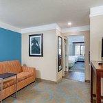 Foto de La Quinta Inn & Suites Elizabethtown