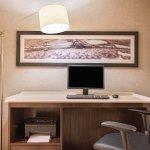 La Quinta Inn & Suites Hartford - Bradley Airport Foto