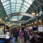 Apple Marketの写真