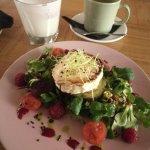 Photo of Kohvik Must Puudel