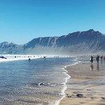 Photo de Red Star Surf & Yoga Camp