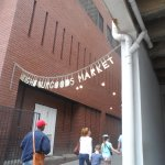 The entrance to the Market. Music signals it as well.