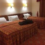 Foto de Lakeside Continental Hotel