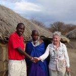 Lucas mit seiner Mutter in der Boma