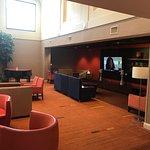 Photo de Courtyard Erie Ambassador Conference Center