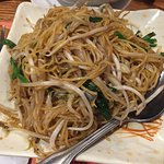 Stir fried noodles with bean sprouts