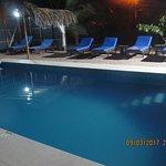 Nuestra piscina a las 10pm