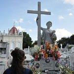 Photo de Christopher Columbus Cemetery (Cemetario de Colon)