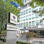 Park Regis Griffin Suites resmi