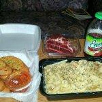 Chicken Alfredo Pasta, Galic Bread, Red Velvet Cake & a Cranberry Apple Juice....I AM STR-AIGHT!