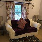 Coachman's cottage lounge