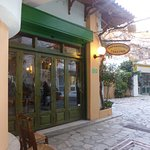 A hidden gem in the centre of Heraklion. It is frequented by locals and it is busy.