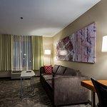 SpringHill Suites Denton resmi