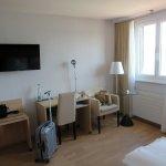 Photo de Hotel Jean-Jacques Rousseau