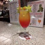 un parmi des cocktails pris