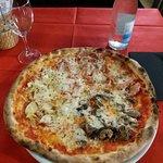 Pizzeria Vesuvio resmi