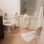 Etat de la salle de bain, ménage non refait