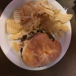 Sort of plain chili burger, served with sort of plain chips...yawn...