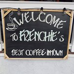 Frenchies Cafe의 사진