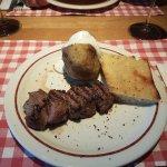 Steak Medallones con Patata asada