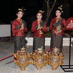 Performers of Siam Niramit