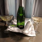 Sparkling wine on arrival!