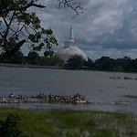Ruwanweli mahasaya(Dagoba)