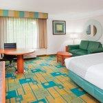 Photo of La Quinta Inn & Suites Charlotte Airport South