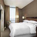 Sheraton Suites Calgary Eau Claire Foto