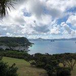 Photo de Cathedral Cove Walk