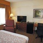 Photo of La Quinta Inn & Suites New Haven