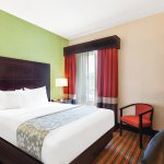 Photo de La Quinta Inn & Suites Tampa Bay Area-Tampa South