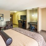 Photo of La Quinta Inn & Suites Eugene