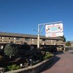Woodland Motel Image