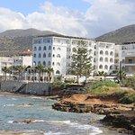 Photo de Glaros Beach Hotel