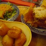 hummus, feta fritters & truffle honey and sausage pasta nachos