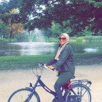 Rrented bike from a near by bike rental to the park