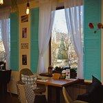 А из нашего окна. Пекарня на Суханова, 6а, второй этаж.