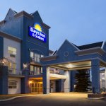 Welcome to Days Inn & Suites Brooks