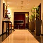 Photo de Hotel Auteuil - Manotel Geneva