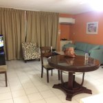 Very nice room with kitchen and exc A/C - SPACIOUS!