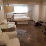 Photo of Seaview Hotel