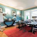 Salon pouvant se transformer en salle d'études